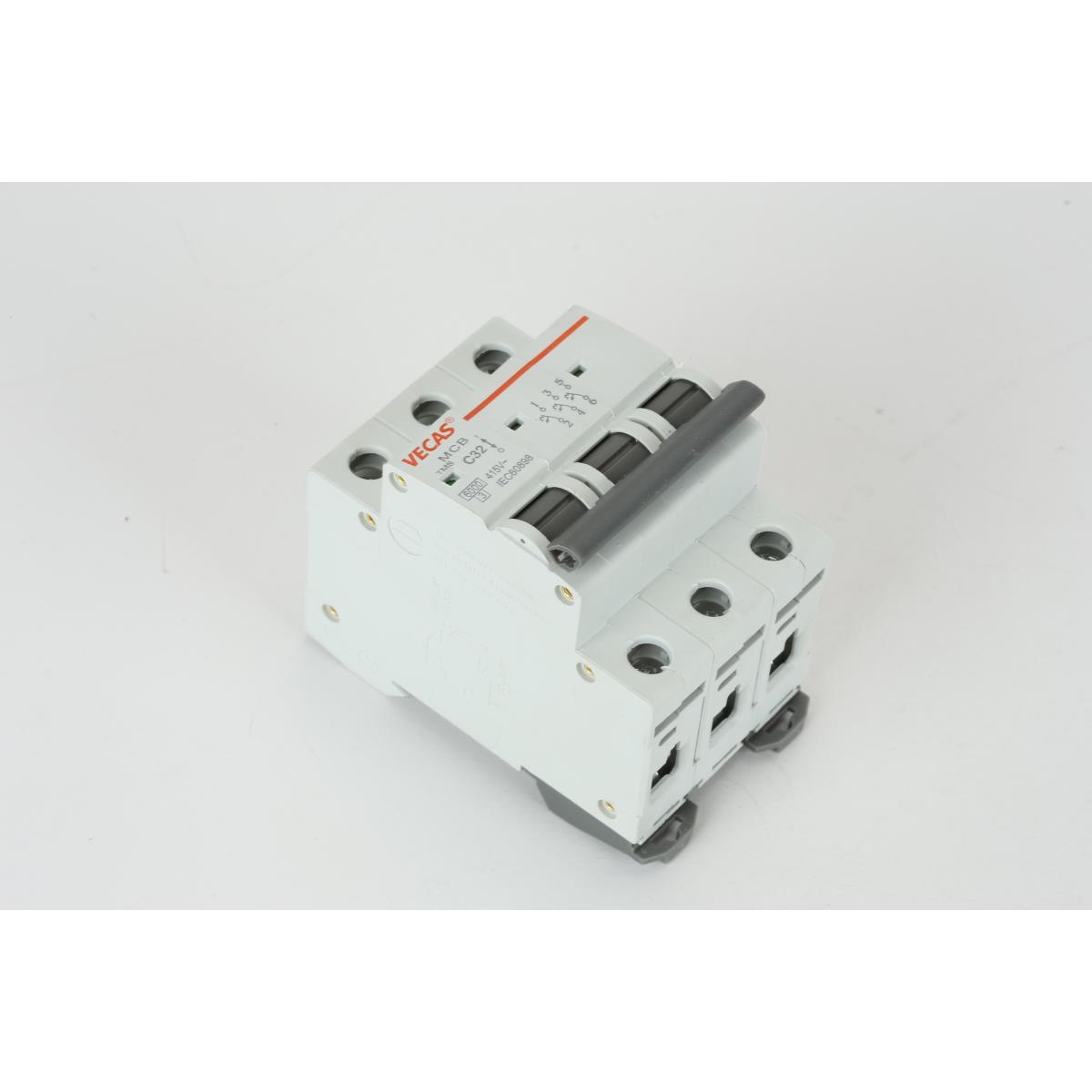Großartig Verdrahtung 3 Poliger Schalter Fotos - Schaltplan Serie ...