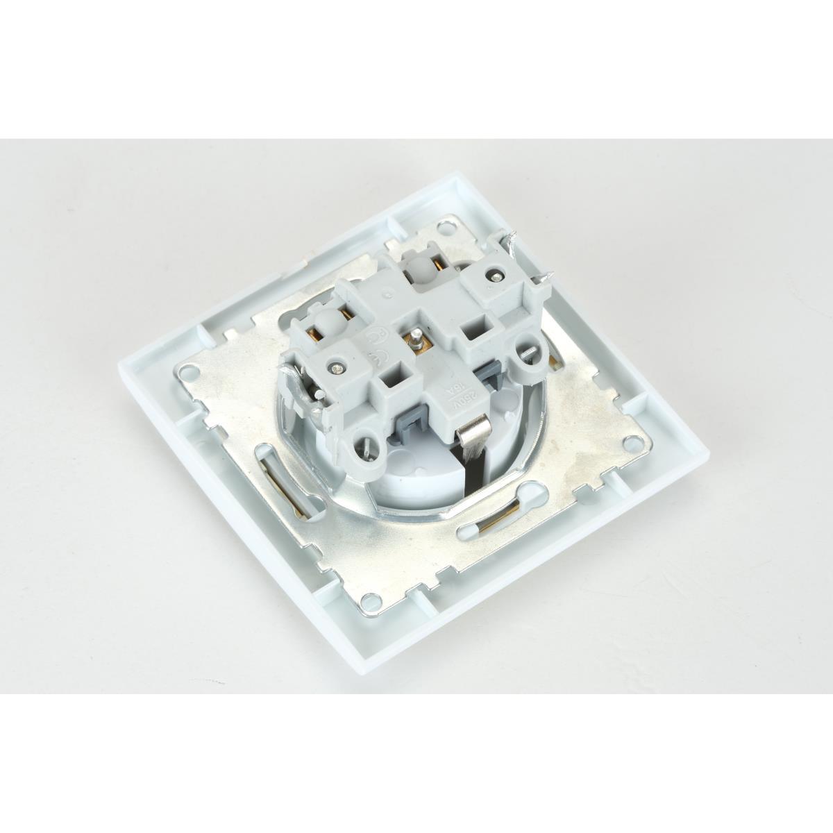 Steckdose mit Schutzkontakt Farbe weiß/gold IP20 16A, 230 V,OKKO,9209-42-G, 4772013048640